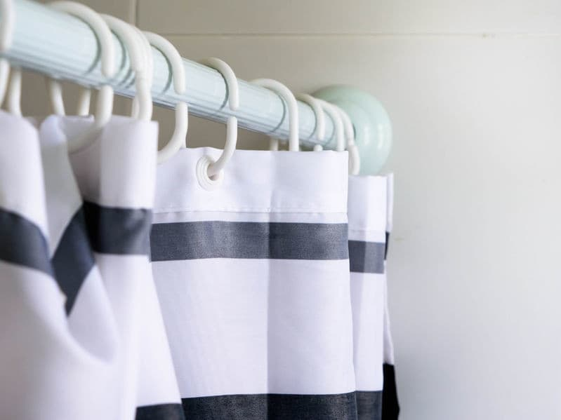 Shower Curtains vs Shower Liners - What's The Difference?