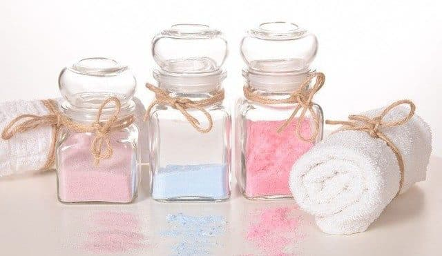 How to Use Bath Salts in the Shower