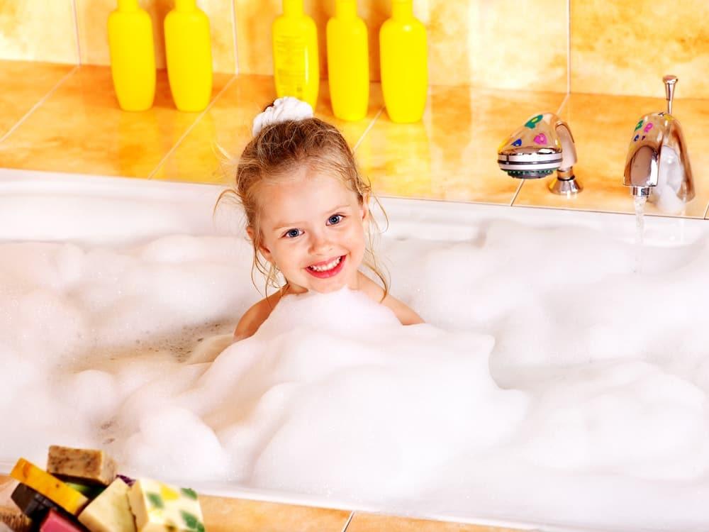 kid bubble bath